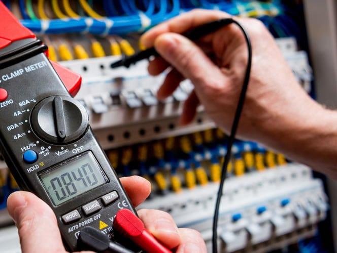 Elektrotechnik Hürth - Schaltschrankbau und Modernisierung