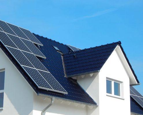 Photovoltaik Hürth - Solaranlage auf Dach eines Hauses